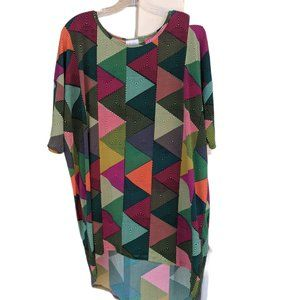 NWT - LuLaRoe Irma Tunic w/triangle pattern Size L
